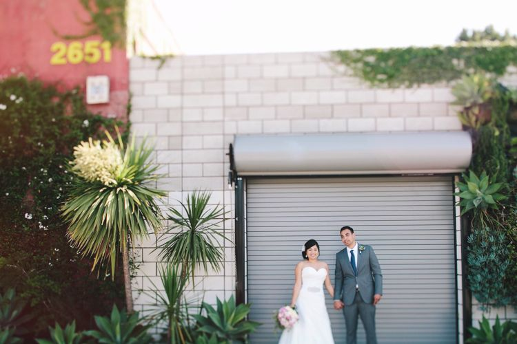 16_Smog-Shoppe-Wedding-Culver-City_AndriaLo