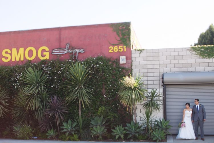 17_Smog-Shoppe-Wedding-Culver-City_AndriaLo