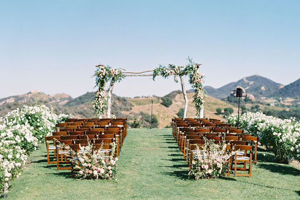 Featured-Venue-Saddlerock-Ranch-Malibu-Mark-and-Shirley-400-3-thegem-portfolio-justified catering san diego wedding catering