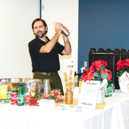 Johnny-K-Bartender-ElyseesEye-GlebeHH-00370-2-256x256 catering san diego wedding catering