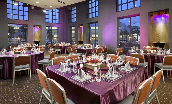 Hard-Rock-Cafe-The-Edge catering san diego wedding catering